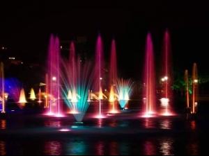 ВИДЕО от откриването на Пеещите фонтани и зарята над Пловдив