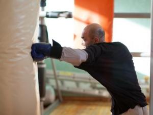 Тежък инсулт повали шампион по бокс