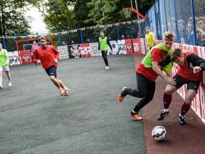 Датчани учат децата в Пловдив на стрийт футбол