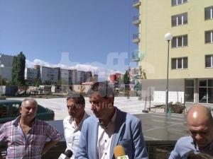 Бартерът завършен: 26 декара общинска земя за 24 апартамента плюс кметство СНИМКИ