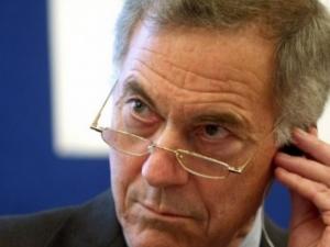 Бащата на валутния борд: Ако влезете в еврозоната, тръгвате по пътя на Гърция