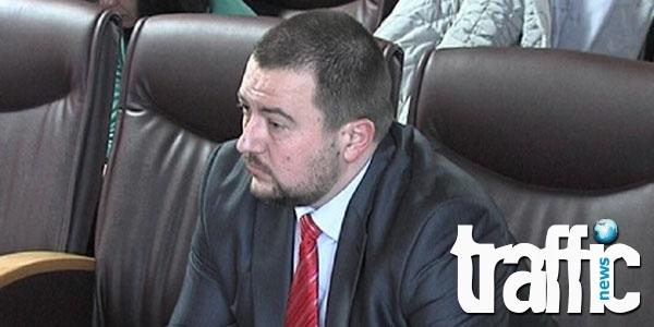 Дежа вю: Адвокат Елдъров остава зад решетките