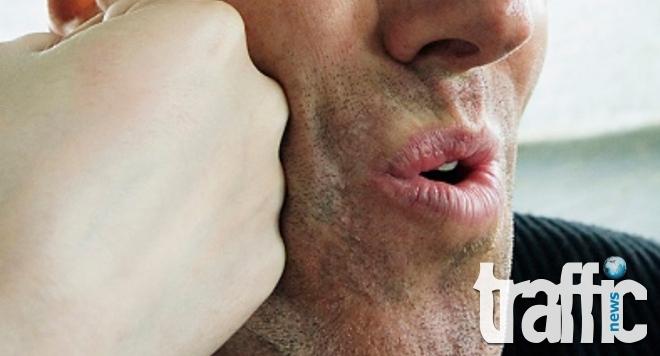 Мъж с изпочупени зъби и прозорци след селска свада