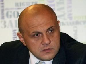 Томислав Дончев: Има дефекти в пазара с горива в България