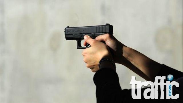 Въоръжен и маскиран мъж обра денонощен магазин в Пловдив