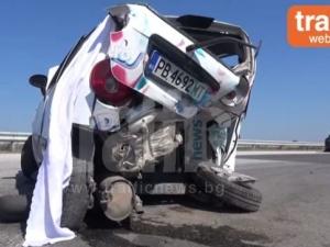 ВИДЕО от тежката катастрофа край Пловдив, в която Шевролет отнесе Опел