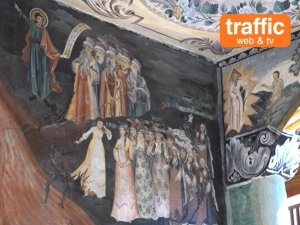 Уникалните стенописи на Захари Зограф в Бачковския манастир са застрашени ВИДЕО