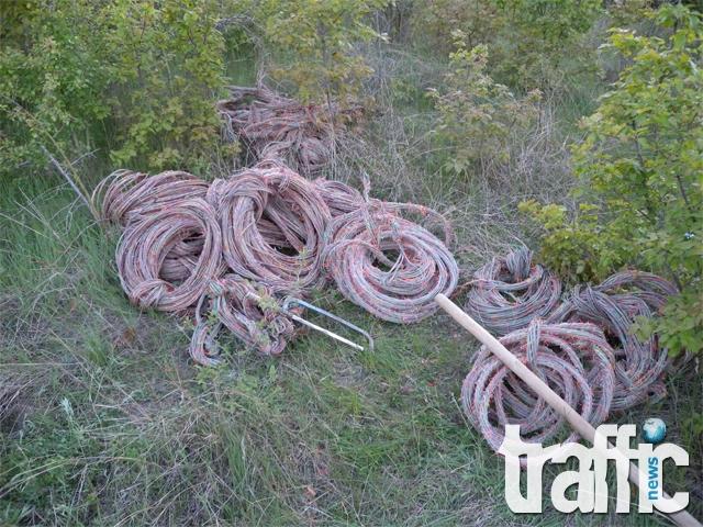 Кражбите на ток и кабели продължават