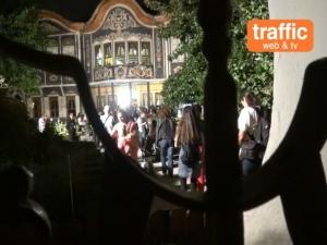 50 хиляди излязоха в Нощта ВИДЕО