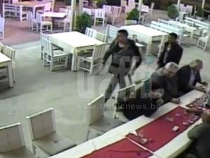 Нагла кражба: Вижте как обират клиенти на Тони 2000 ВИДЕО