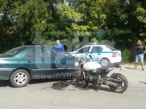 Моторист се заби в пежо до Централни гробища СНИМКИ и ВИДЕО