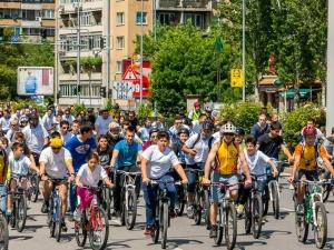 Велошествие блокира Пловдив ВИДЕО