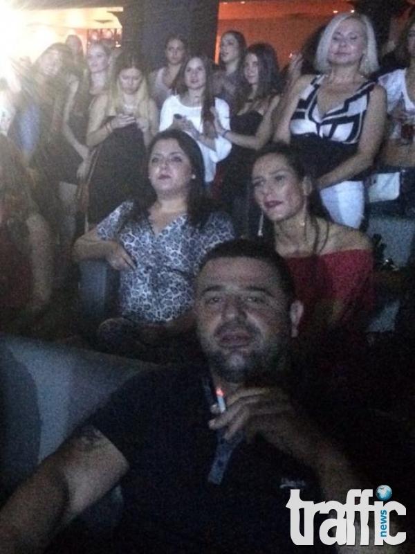 Транспротният бос Митко Радойнов на ВИП-а на концерт на Никос Вердес