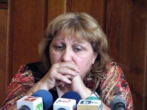 Скандалната екскметица Павлинка Кацарова остана без работа и апартамент