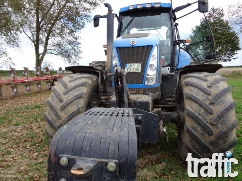 Карловец подкара трактор с 3 промила алкохол