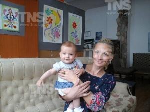 Решено: Отнемат 9-месечната Владислава от майка й, настаняват я в приемно семейство! ВИДЕО