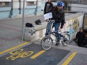 Варненци отново въстанаха срещу новите велоалеи