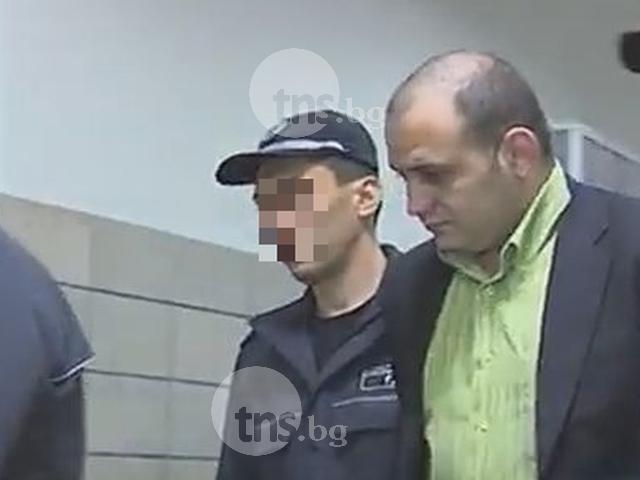 Убиецът с хамъра иска свобода, но се крие от съда