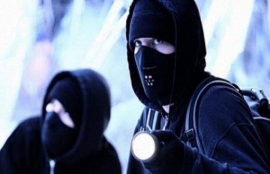 Крадци обраха каса с оръжие на колекционер в Кършияка
