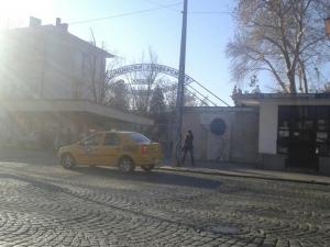 Таксиджията Чучулски ядоса читателите на TNS.bg, пишат ни още ужилени
