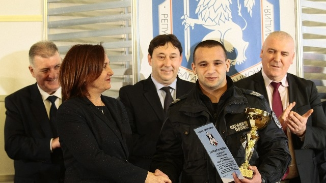 Полицаят на годината Емануил Манолов спря касоразбивач №1 Пашката