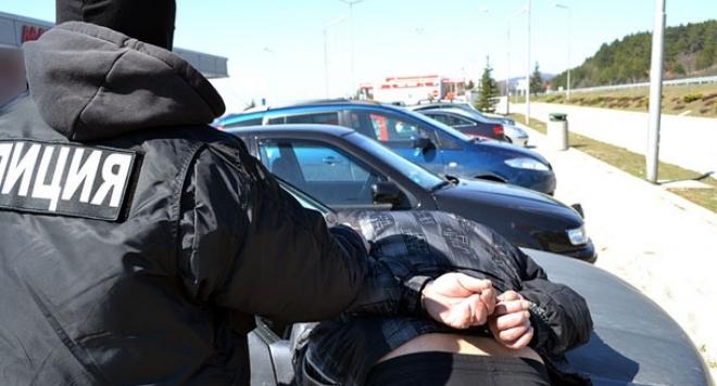 Хванаха апаши, обрали аптека и заведение в Пловдив