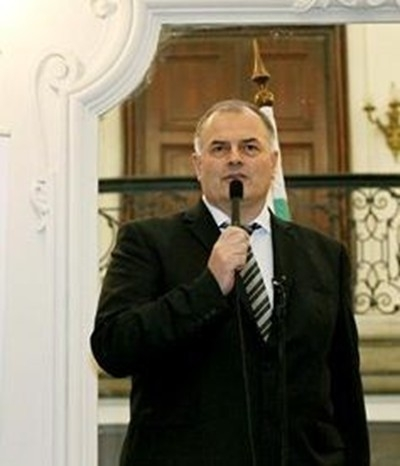 Бомба избухна през нощта в имота на аксаковския кмет