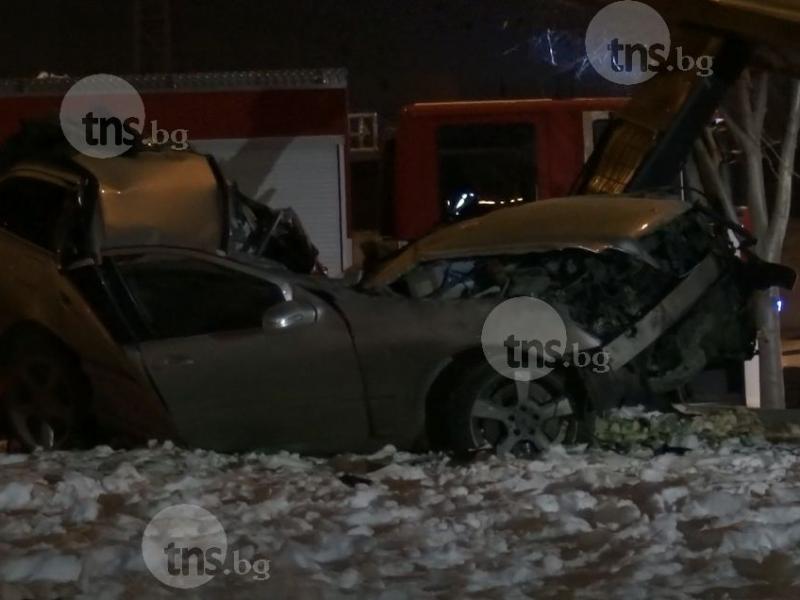 Загиналият младеж в Пловдив бил шофьор на една година СНИМКИ и ВИДЕО