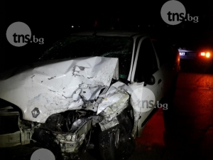 Зверски удар на един от изходите на Пловдив, пътят е затворен! СНИМКИ