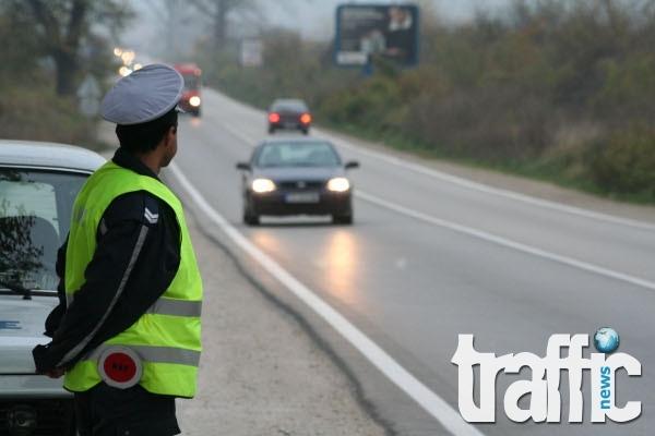 Пътен полицай ще лежи в затвора 3,5 г. за подкуп