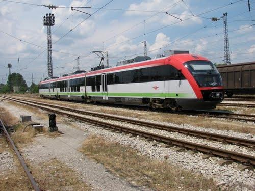 Седмокласник от Пловдив с тежки изгаряния след екстремно селфи върху влак