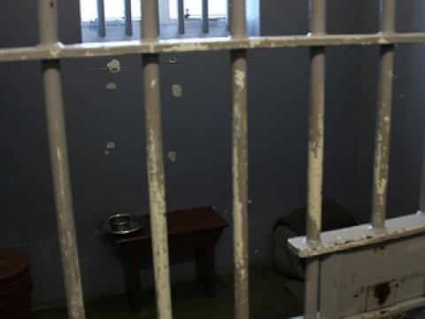 Присъда заради съжителство с 12-годишно гадже