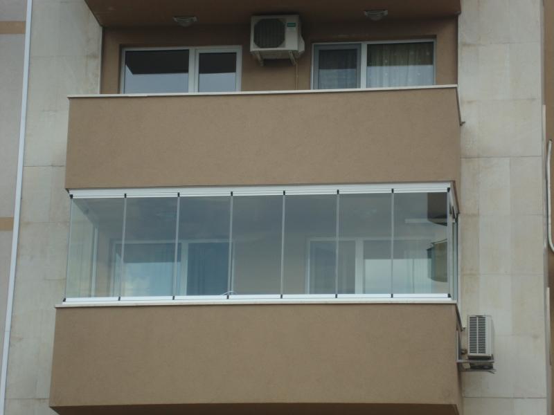 Законност на строителството:  Остъкляваме балконите без разрешение на строеж