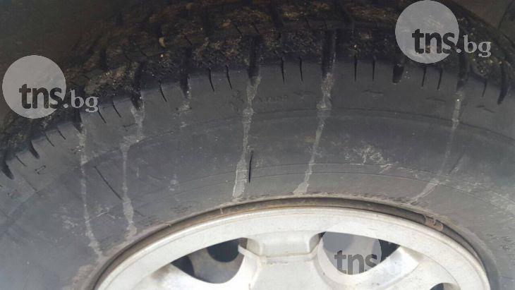 "Арестуваха пловдивчанин, рязал гуми и трошил автомобили на ""6 септември"""