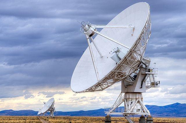 Google строи радиопредавател в американската пустиня