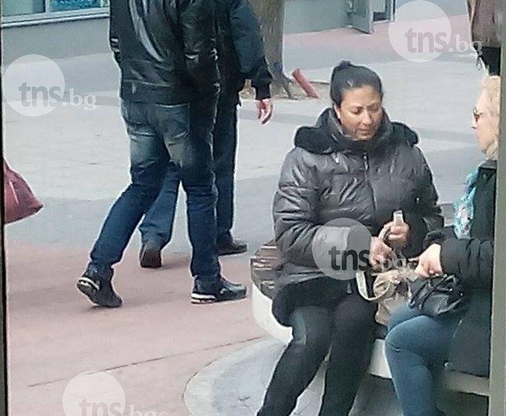 Ромка върти далавера с цигари на пъпа на Пловдив СНИМКИ