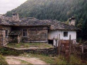 Вижте как изглеждаха българските села през 80-те ВИДЕО