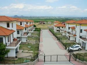 Пловдивчани продават апартаменти в града,  купуват къщи на село СНИМКИ