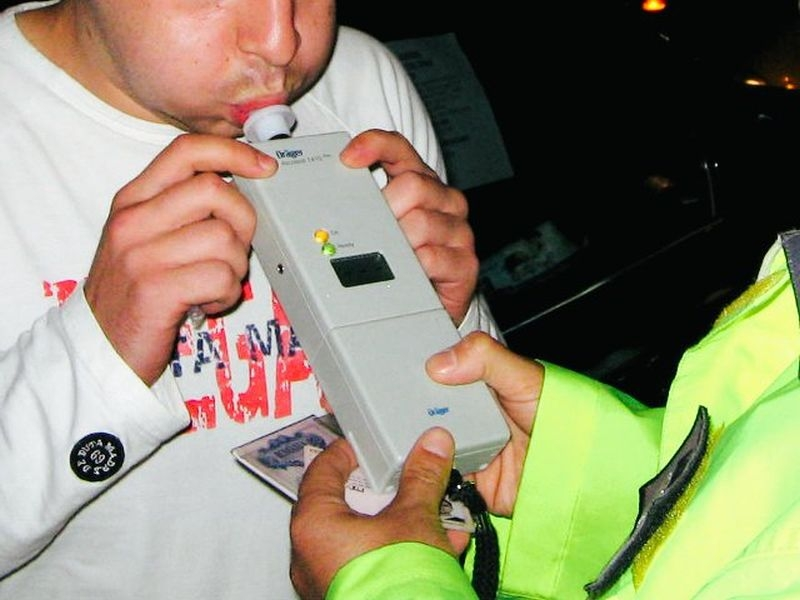 Асеновградчанин попадна в ареста, шофирал с 1,8 промила алкохол