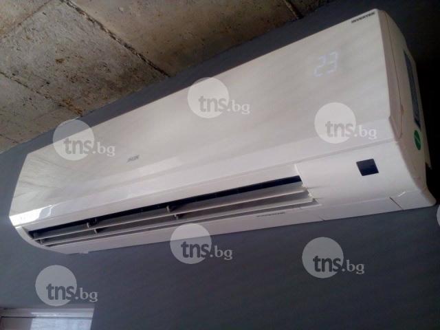 Апаши задигнаха климатик от фризьорски салон в Пловдив