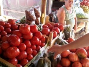 Полски домати сеят зарази по пловдивските сергии! Разболяват хора и зеленчуци