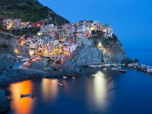 Топ 10 на най-приказните малки градчета в света СНИМКИ
