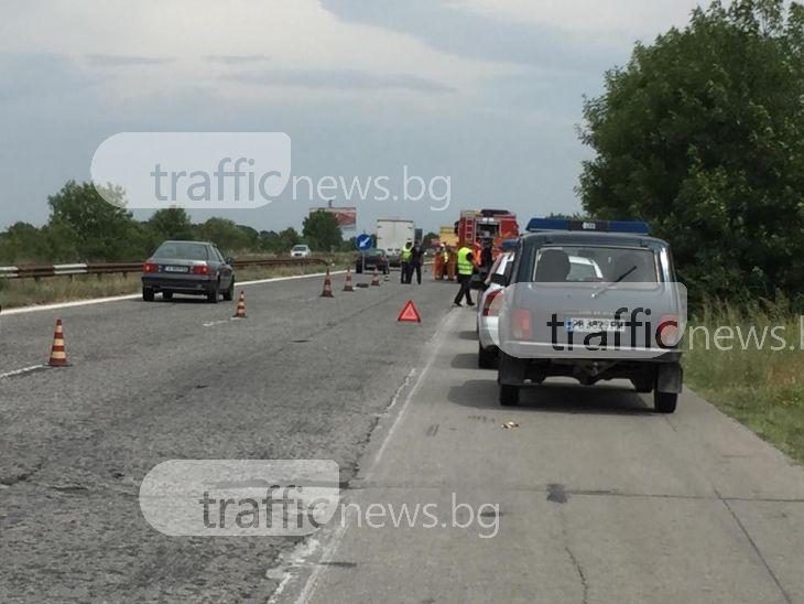 Зверско меле на магистралата край Пловдив! 43-годишна жена е загинала намясто
