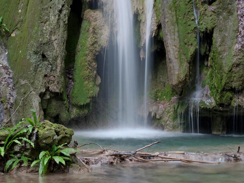 Спасете се от жегата в Пловдив! Разходете се до най-високия водопад в Родопите СНИМКИ