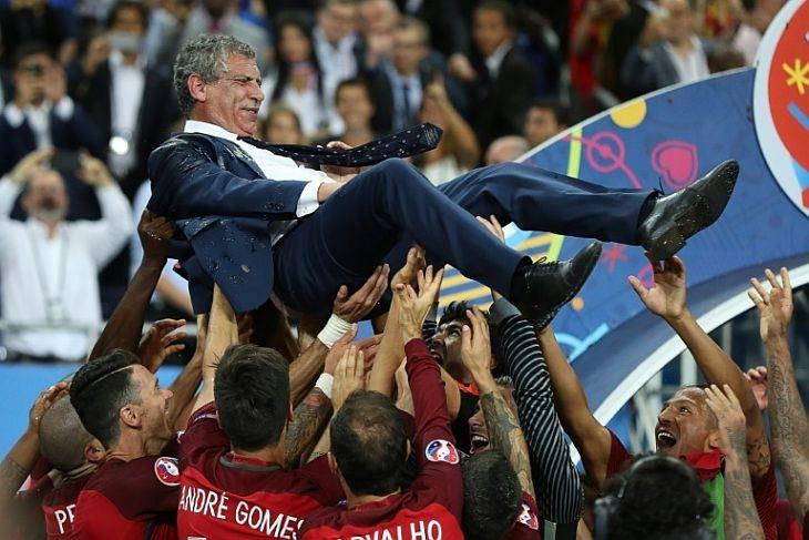 Треньорът на Португалия остава начело на отбора до Евро 2020
