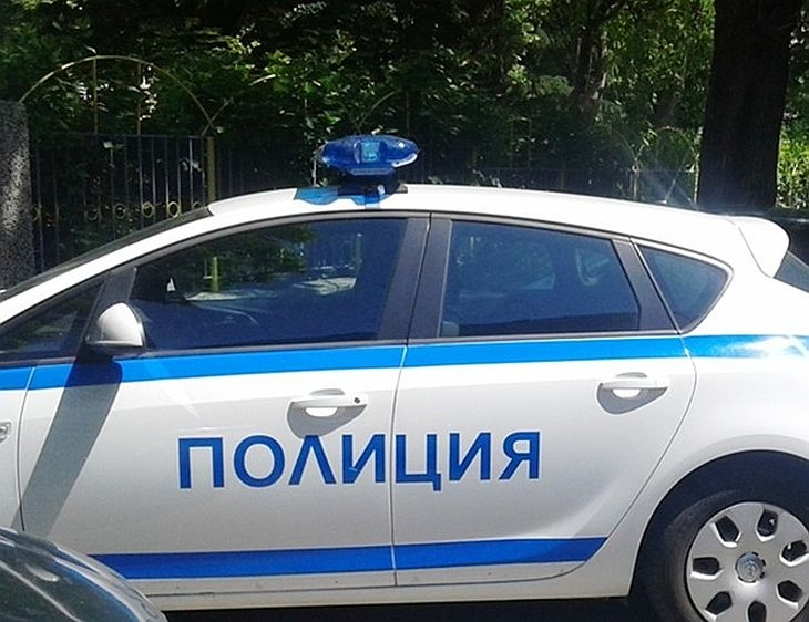 Крадец в Бургас натроши пръстите на полицай