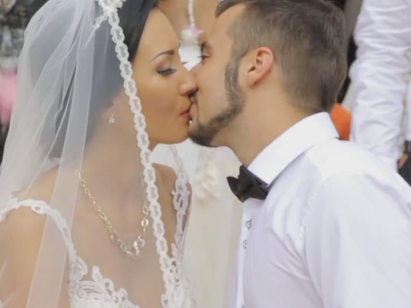 Излезе трейлъра от сватбата на Джена и Малкия Канар в Пловдив ВИДЕО