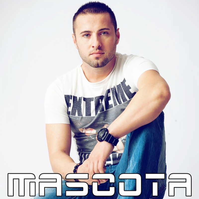 "Пловдив посреща гореща нощ: DJ Mascota взривява ""W club"" тази вечер СНИМКИ"