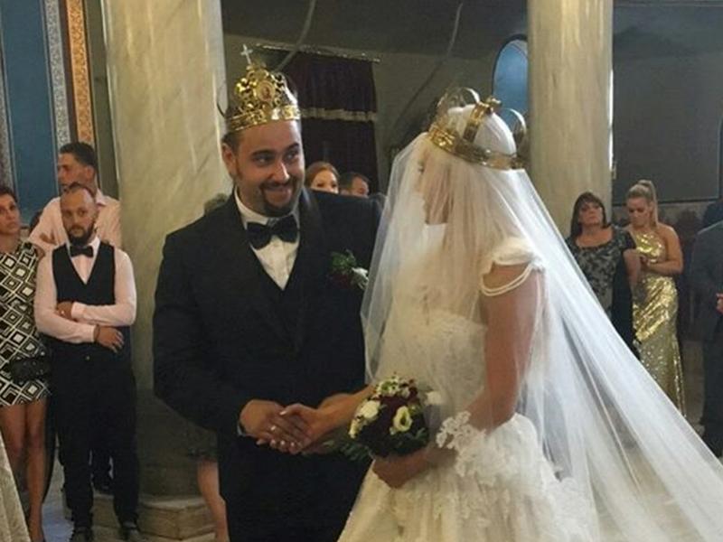 Пловдивският кечист Русев се жени! Спретна хоро в Стария град ВИДЕО