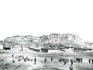 Пловдив преди 130 години: Голи тепета и десетократно по-малко жители СНИМКА
